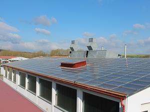 Solarelektronik, PV Autarke Systeme, Hybrid Systeme, Aufdachanlage, Europa, Deutschland