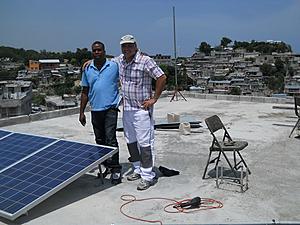 Solarelektronik, PV off grid, Wechselrichter-System, Dachanlage, Haiti