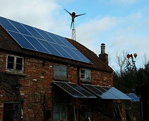Solarelektronik, PV Autarke Systeme, Hybrid Systeme, Aufdachanlage, Europa, England