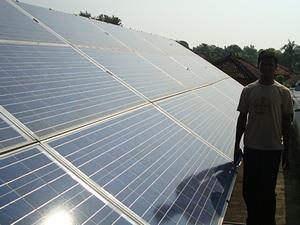Solarelektronik, PV Autarke Systeme, Hybrid Systeme, Asien, Indien, Freifläche