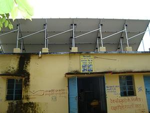 Solarelektronik, PV Autarke Systeme, Hybrid Systeme,Asien, Indien, Aufdachanlage