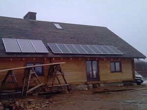 Solarelektronik, PV Autarke Systeme, Hybrid Systeme, Europa, Polen, Holzhaus, Aufdachanlage