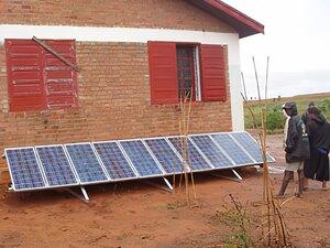 Solarelektronik, PV Autarke Systeme, Wechselrichersystem, Afrika, Madagaskar, Freifläche
