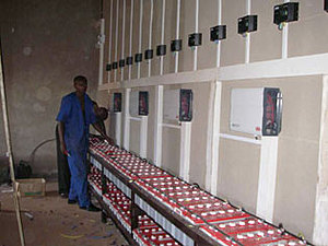 Solarelektronik, PV Autarke Systeme, Wechselrichersystem, Afrika, Ruanda, Verschaltung