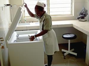 Solarelektronik, PV Autarke Systeme, Krankenhaus ,Afrika ,Nigeria, Enugu
