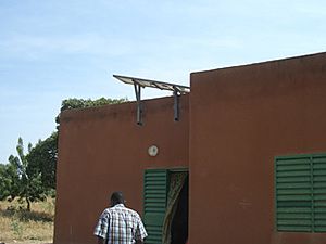 Solar electronics, PV off grid, Solar-Home-system, roof mounted system, Africa, Burkina Faso, Ouagadougou