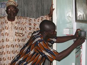 Solarelektronik, PV Autarke Systeme, Solar-Home-Systeme, Afrika, Nigeria, Lagos