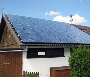 Solartechnik, ref_pv, Photovoltaik, Deutschland, Trochtlefingen,Repowering, Aufdachanlage, 5,5 kWp